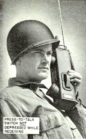 Portable_radio_SCR536